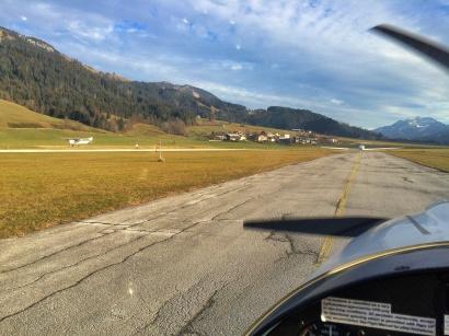 Flugplatz St. Johann (LOIJ)