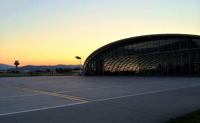 hangar-8