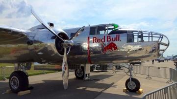 Flying_Bulls_Douglas_DC-6B_1958