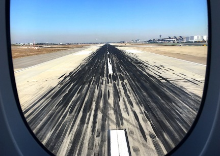 Taxiing_LAX_2